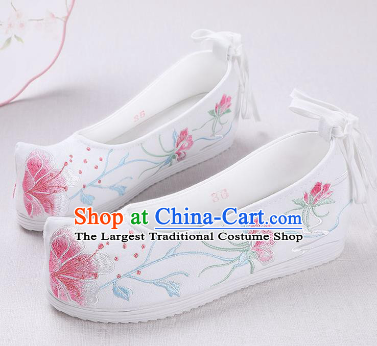 Chinese Handmade Opera Embroidered White Shoes Traditional Hanfu Shoes National Shoes for Women