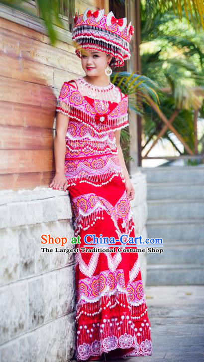 China Yunnan Nationality Women Long Dress and Headdress Miao Ethnic Apparels Minority Stage Performance Red Costumes