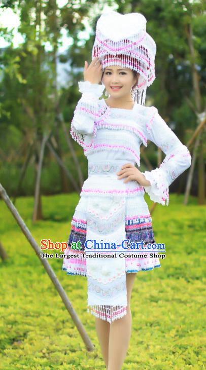 China Yunnan Nationality Folk Dance White Short Dress and Headdress Ethnic Apparels Miao Minority Costumes