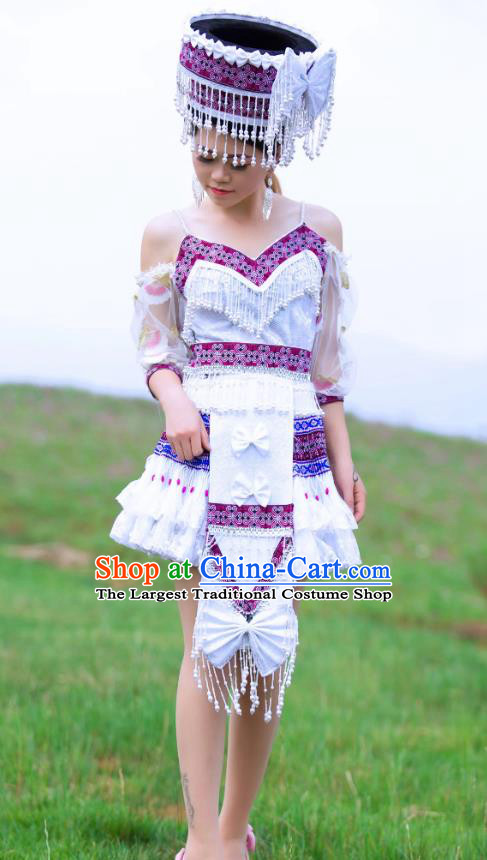 China Yi Minority Folk Dance Clothing Ethnic Women White Short Dress Nationality Stage Performance Apparels and Hat