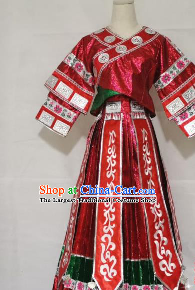 China Traditional Ethnic Stage Show Apparels Nationality Festival Clothing Miao Minority Embroidered Red Blouse and Skirt
