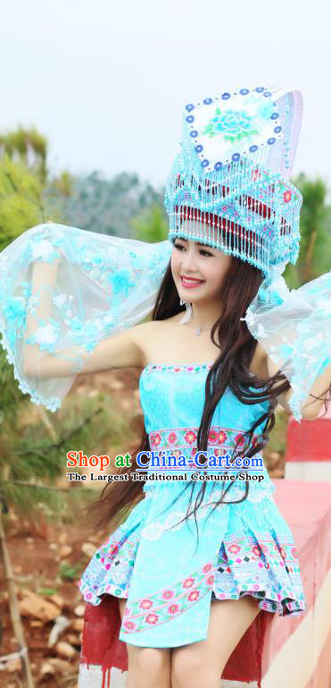 China Ethnic Folk Dance Blue Short Dress Yunnan Miao Minority Dance Clothing Women Apparels and Hat