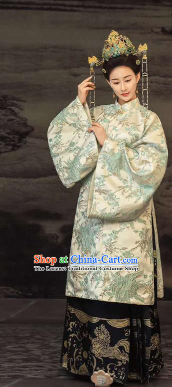 Traditional Chinese Ming Dynasty Empress Costumes Ancient Clothing Royal Countess Hanfu Apparels and Headdress