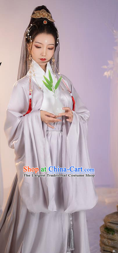 China Ming Dynasty Taoist Nun Apparels Ancient Hanfu Grey Robe Frock Costume for Women