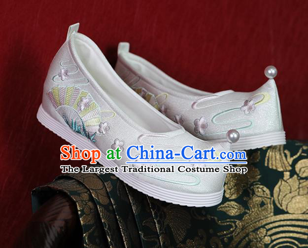 China Ming Dynasty Young Lady White Satin Shoes Handmade Shoes Hanfu Shoes Princess Shoes Embroidered Shoes