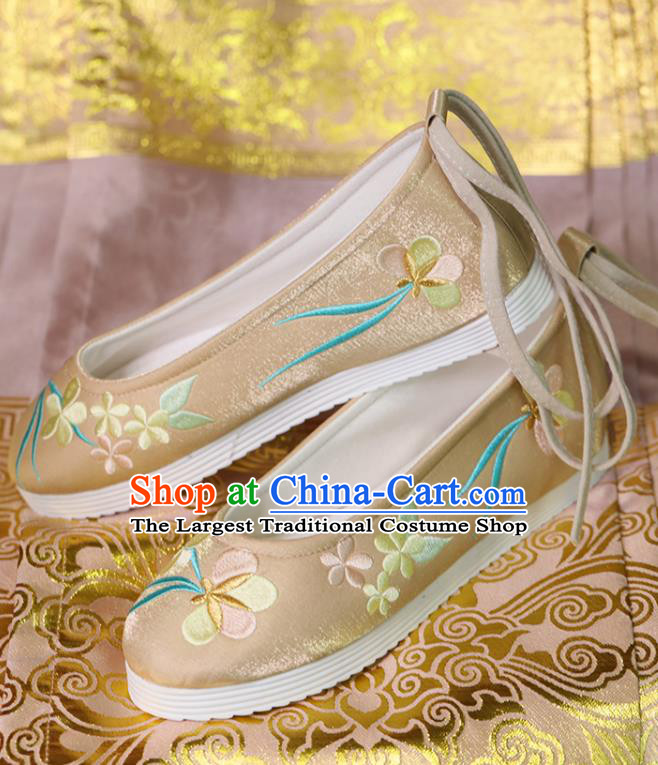 China Handmade Hanfu Shoes Princess Shoes Embroidered Shoes Women Shoes Beijing Golden Satin Shoes