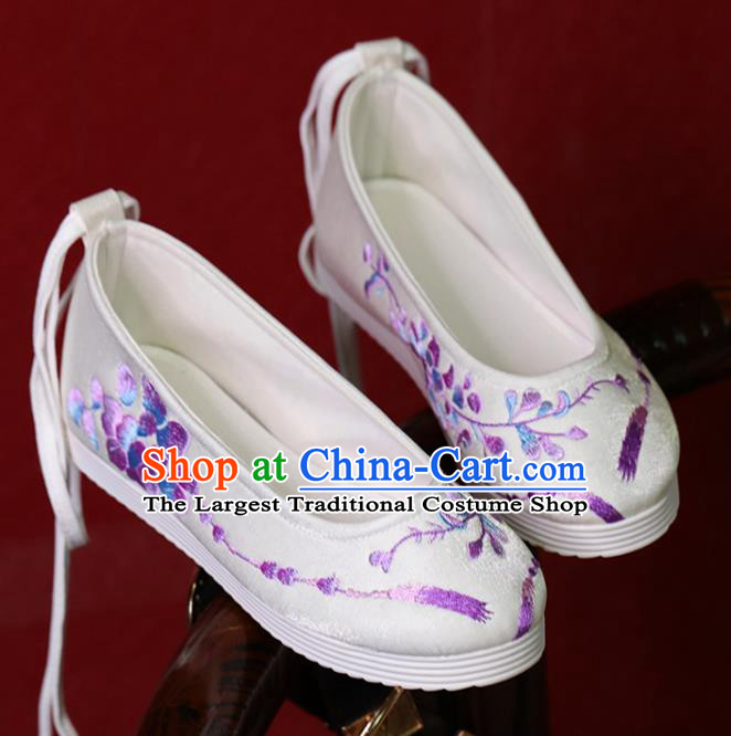 China Embroidered Shoes Women Shoes Princess Shoes Handmade Hanfu Shoes White Satin Shoes