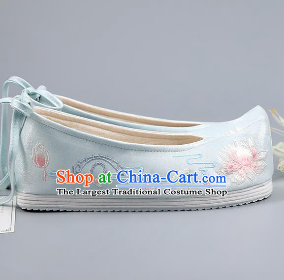 China Ming Dynasty Shoes Traditional Hanfu Shoes Princess Shoes Light Blue Cloth Shoes Embroidered Lotus Shoes