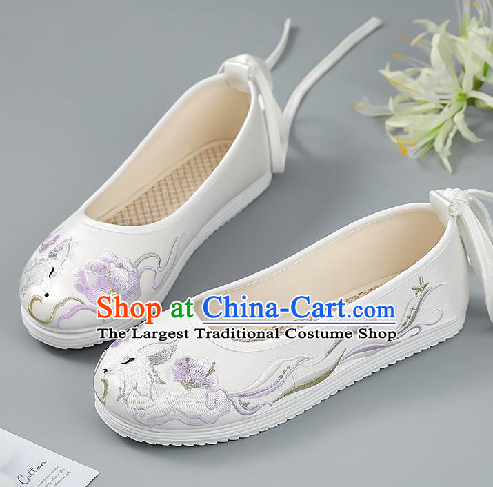 China Ancient White Shoes Princess Shoes Traditional Hanfu Shoes Handmade Cloth Shoes Embroidered Shoes