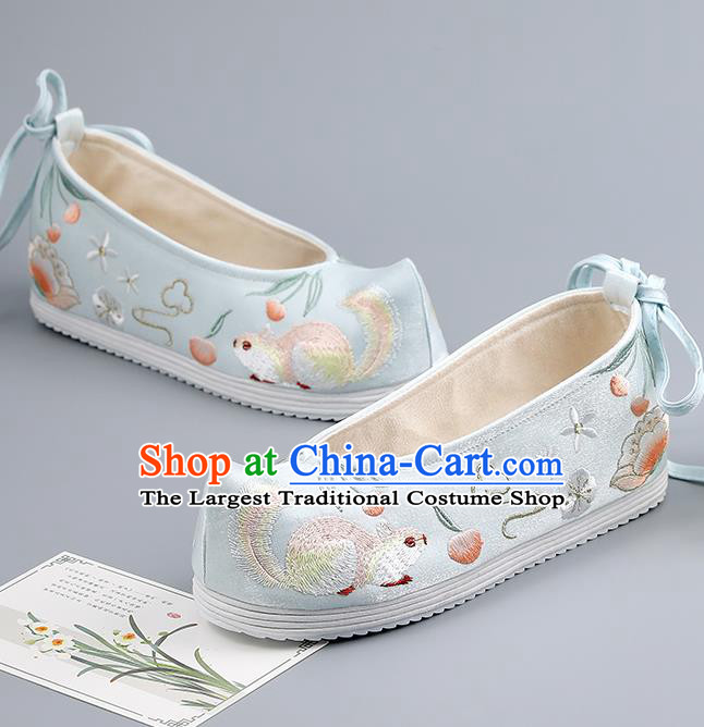 China Traditional Hanfu Shoes Embroidered Squirrel Shoes Handmade Cloth Shoes Ancient Princess Light Blue Bow Shoes