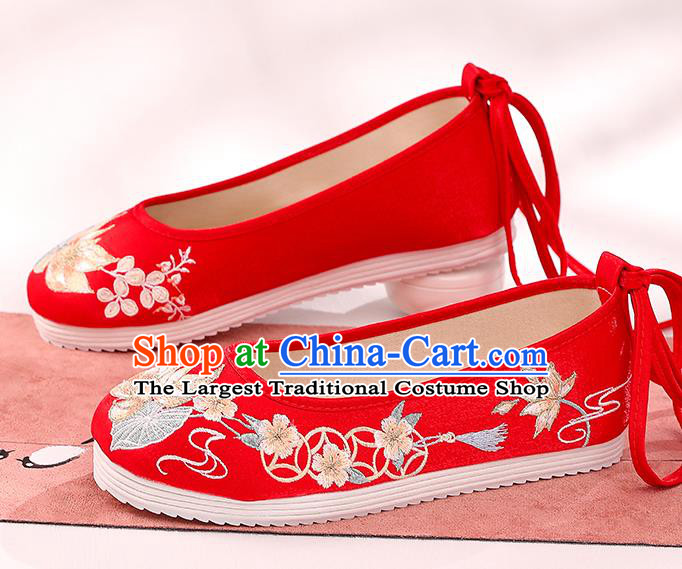 China Bride Shoes Hanfu Shoes Traditional Cloth Shoes Handmade Shoes Embroidered Lotus Shoes Wedding Shoes