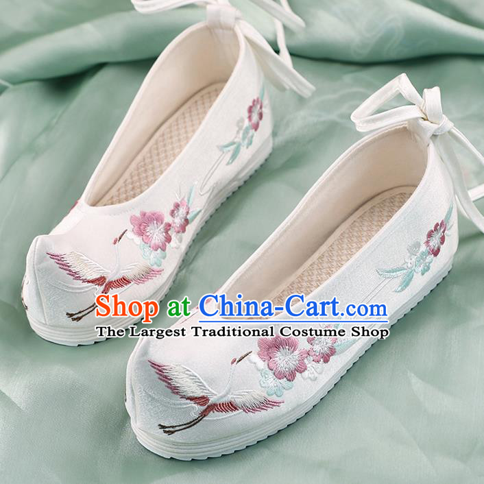 China Hanfu Bow Shoes Handmade Shoes National Shoes White Cloth Shoes Traditional Embroidered Crane Plum Shoes
