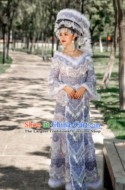 Top Quality China Yunnan Miao Female Clothing Photography Ethnic Minority White Long Dress and Headwear