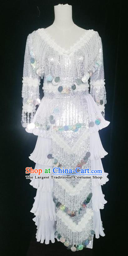 Ethnic Fashion China Miao Nationality Argent Sequins Clothing and Headwear Minority Women Folk Dance Costumes