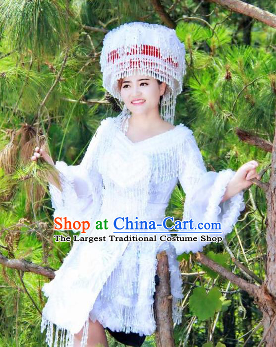 China Yunnan Ethnic Apparels Traditional Nationality Women Costumes Folk Dance Clothing Miao Minority White Short Dress and Headwear