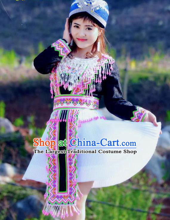 China Mengzi Tujia Minority Costumes and Hat Miao Nationality Short Dress Traditional Ethnic Folk Dance Apparels