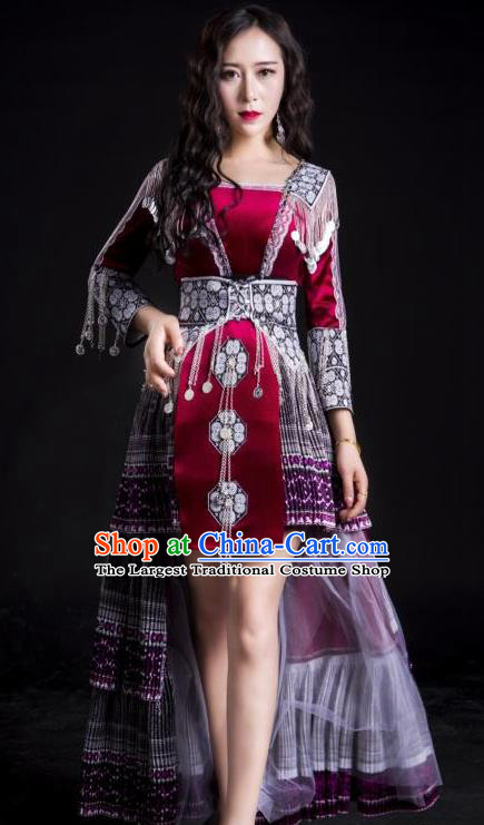 China Yunnan Nationality Traditional Short Dress and Headwear Wenshan Minority Embroidered Costumes Ethnic Folk Dance Apparels
