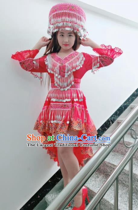 China Yao Nationality Red Short Dress Ethnic Women Apparels Minority Wedding Costumes and Hat