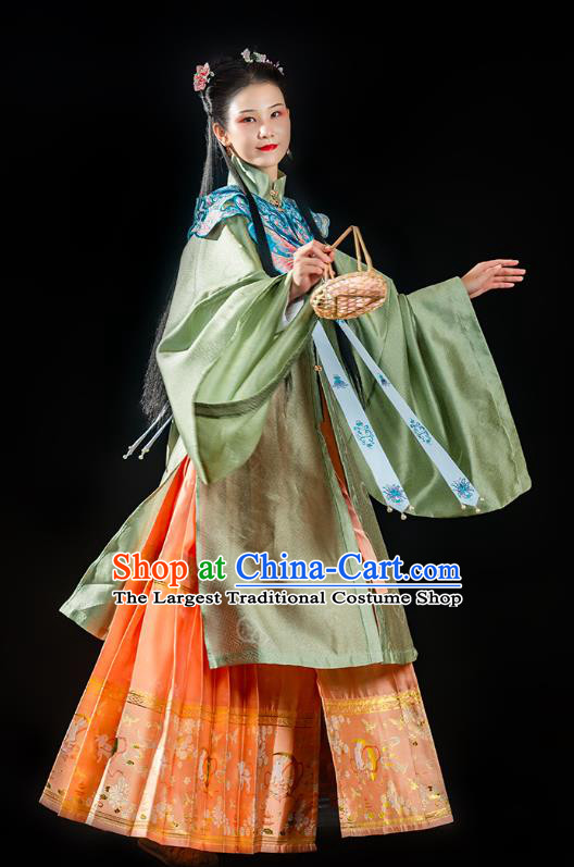 China Ancient Noble Woman Hanfu Dress Traditional Ming Dynasty Palace Lady Historical Clothing