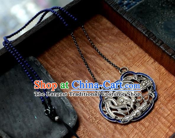 Handmade China Traditional Silver Carving Necklace Pendant National Jewelry Qing Dynasty Blueing Accessories