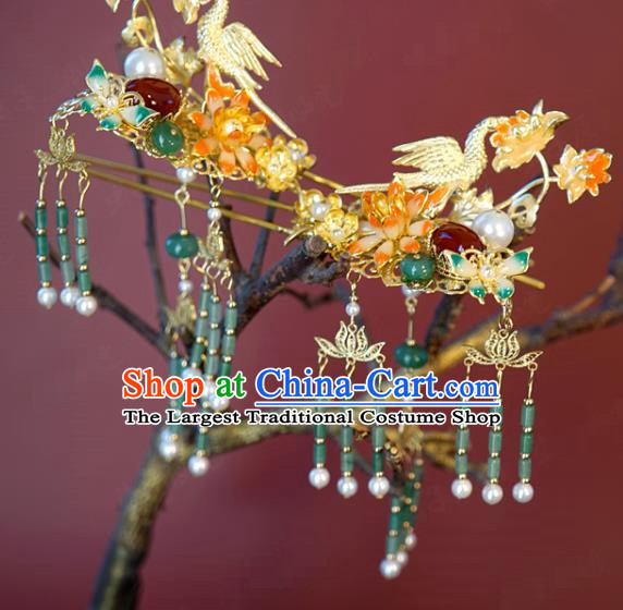 China Bride Jade Tassel Hairpin Hair Accessories Traditional Wedding Xiuhe Suit Golden Bird Hair Stick