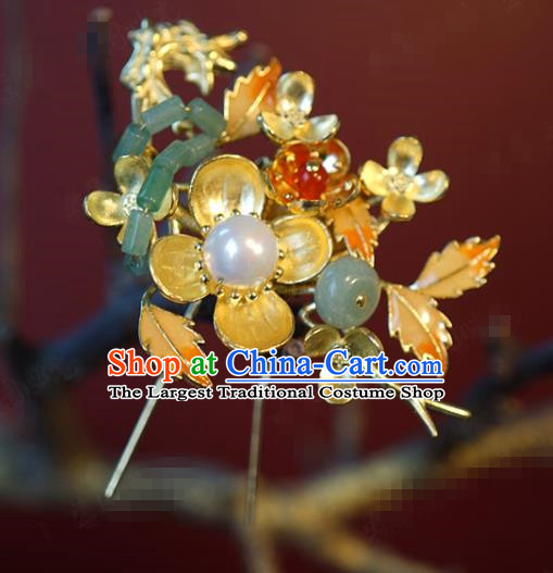 China Traditional Golden Plum Blossom Hair Stick Wedding Xiuhe Suit Hair Accessories Bride Jade Pearl Hairpin