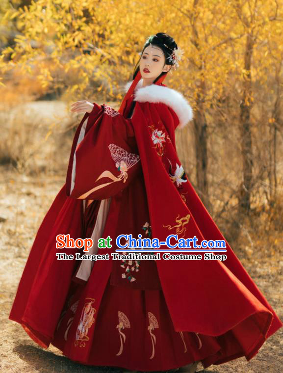 Chinese Ancient Princess Embroidered Lotus Red Cloak Traditional Ming Dynasty Court Lady Costume for Women