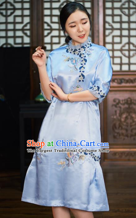 Traditional Chinese National Graceful Embroidered Light Blue Silk Cheongsam Tang Suit Qipao Dress for Women
