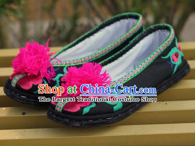 Chinese Handmade Black Cloth Embroidered Shoes Hanfu Shoes Traditional National Shoes for Women