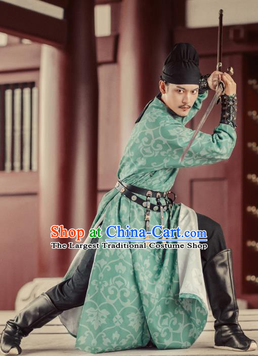 Chinese Ancient Drama Chivalry Swordsman Green Robe Traditional Tang Dynasty Imperial Bodyguard Costumes for Men