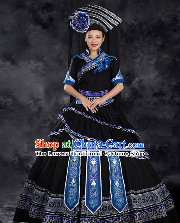 Chinese Traditional Zhuang Nationality Liu Sanjie Black Pleated Dress Ethnic Folk Dance Stage Show Costume for Women