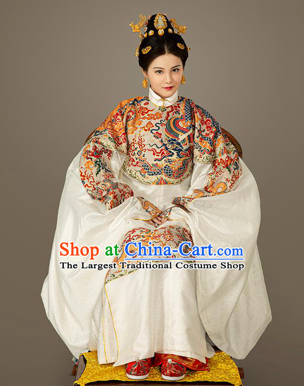Chinese Traditional Ming Dynasty Queen White Embroidered Dress Ancient Imperial Empress Costumes for Women