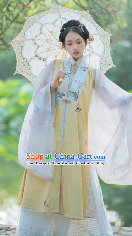 Chinese Traditional Hanfu Yellow Long Vest Ancient Ming Dynasty Princess Costume for Women