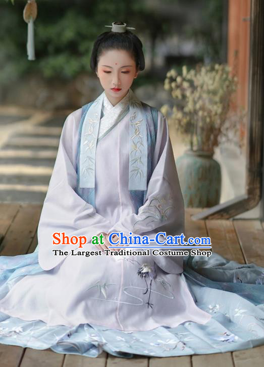 Chinese Ancient Taoist Nun Miao Yu Embroidered Dress Traditional Ming Dynasty Nobility Lady Costumes for Women