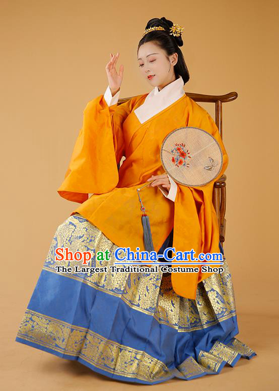 Traditional Chinese Ming Dynasty Imperial Consort Orange Blouse and Skirt Ancient Patrician Dowager Historical Costumes for Women