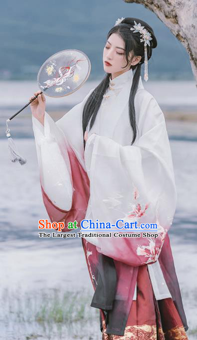 Chinese Ancient Female Swordsman Embroidered Clothing Traditional Ming Dynasty Court Lady Costume for Women