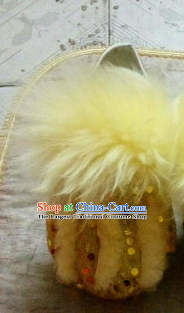 Chinese Traditional Lion Dance Yellow Shoes Handmade Folk Dance Shoes for Men