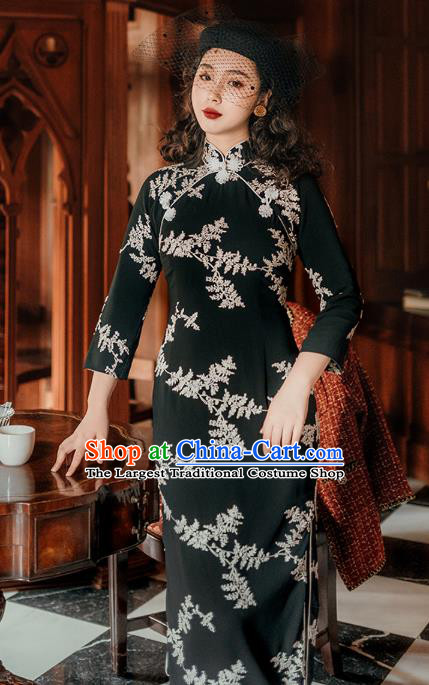 Chinese Traditional Retro Embroidered Black Qipao Dress National Tang Suit Cheongsam Costumes for Women