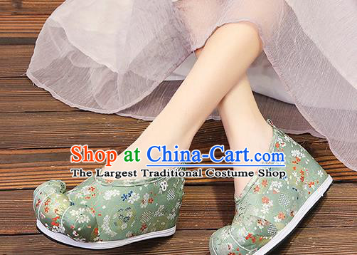 Chinese Traditional Classical Pattern Green Satin Embroidered Shoes Princess Shoes Opera Shoes Hanfu Shoes for Women