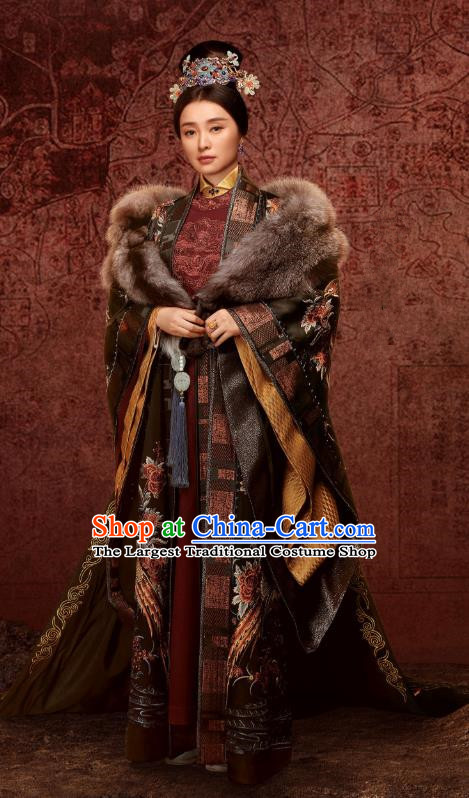 Chinese Drama Ancient Ming Dynasty Empress Dowager Zhang Yan Replica Costumes and Headpiece for Women