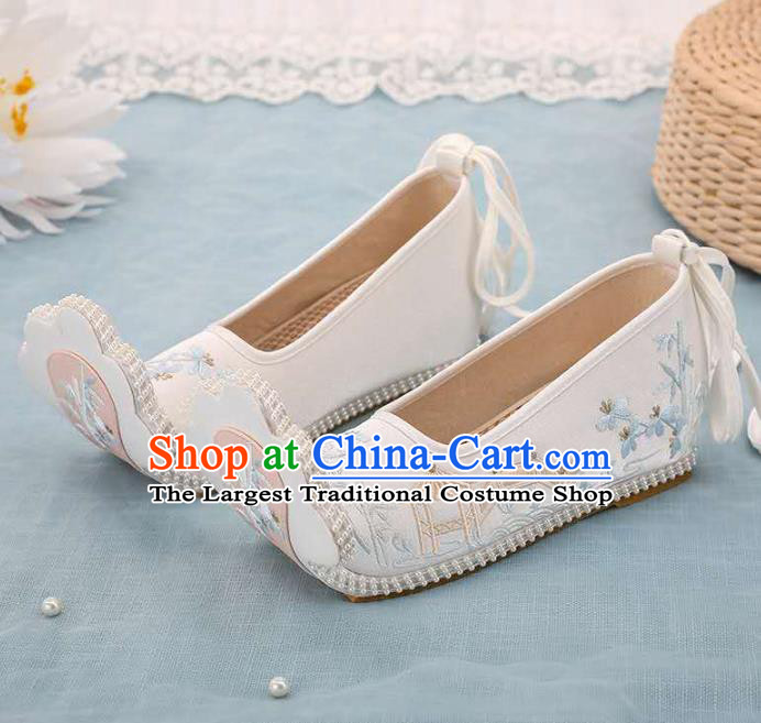 Chinese Beige Hanfu Shoes Women Shoes Opera Shoes Embroidered Shoes Princess Shoes