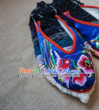 Traditional Chinese Embroidered Flowers Royalblue Satin Slippers Handmade Ethnic National Shoes Hanfu Shoes for Women