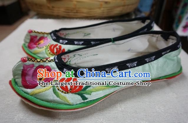 Traditional Chinese Wedding Green Embroidered Chrysanthemum Shoes Princess Shoes National Shoes Hanfu Shoes for Women