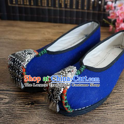 Traditional Chinese Handmade Silver Blue Cloth Shoes Yunnan National Shoes Embroidered Shoes for Women