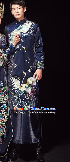 Chinese Traditional Embroidered Crane Navy Mandarin Jacket and Robe Wedding Tang Suit Ancient Bridegroom Costume for Men