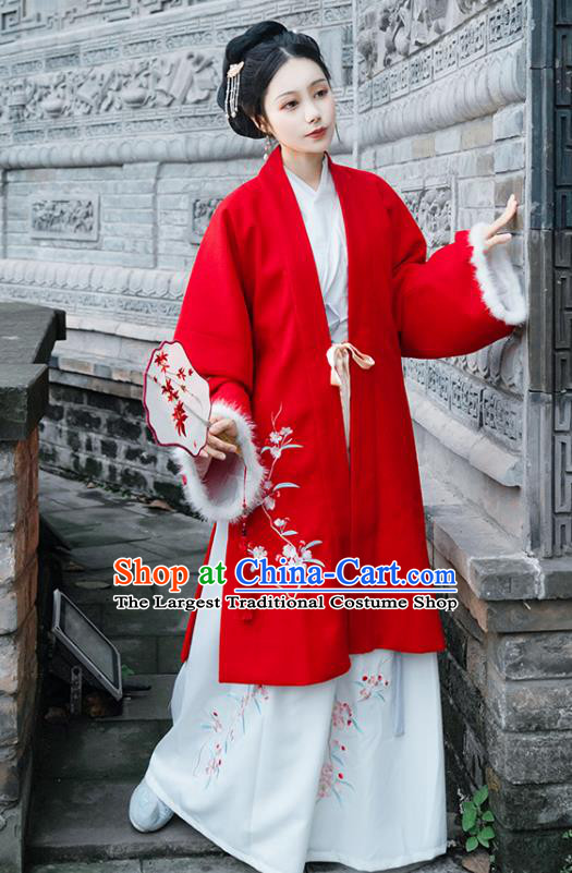 Chinese Traditional Hanfu Embroidered Red Cape Ancient Ming Dynasty Patrician Lady Winter Historical Costume for Women