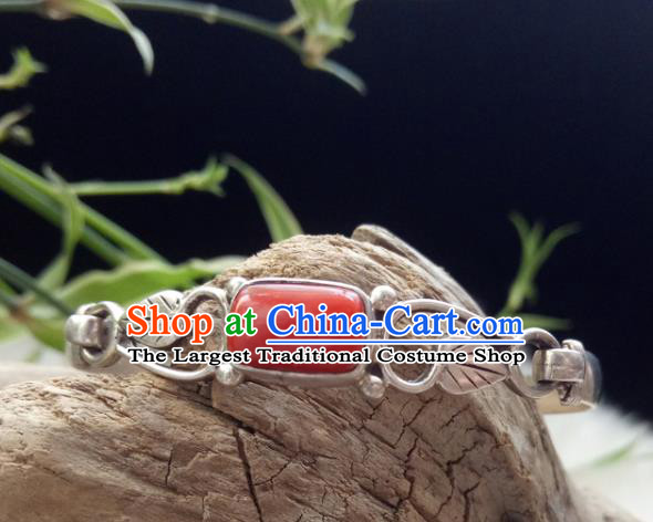 Chinese Zang Nationality 925 Silver Coral Bracelet Handmade Traditional Tibetan Ethnic Jewelry Accessories for Women