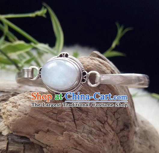 Chinese Zang Nationality Moonstone Carving Silver Bracelet Handmade Traditional Tibetan Ethnic Jewelry Accessories for Women