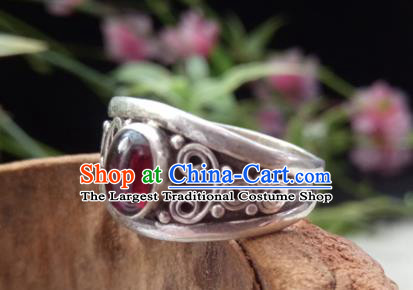 Chinese Zang Nationality Silver Garnet Rings Handmade Traditional Tibetan Ethnic Jewelry Accessories for Women