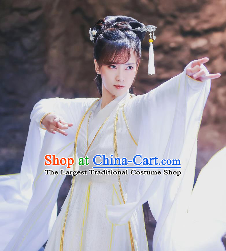 Chinese Historical Drama Swords of Legends Ancient Female Swordsman A Ruan Costume and Headpiece for Women